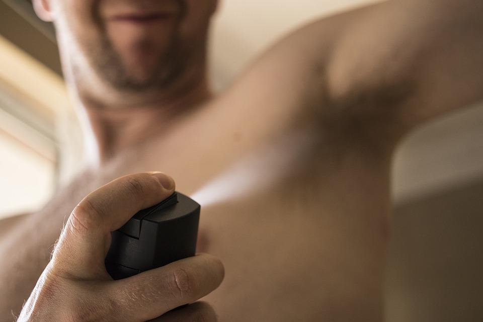 Les problèmes d'odeurs corporelles